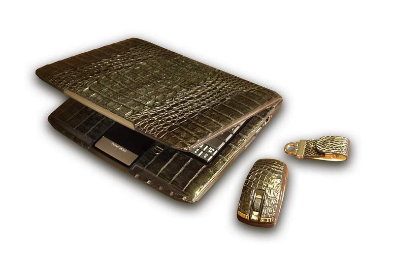 MJ - Laptop Acer Ferrari Crocodile Skin (Columbian Cayman - South America) with Mouse & USB Flash Drive. Gold Details incrusted Diamonds. Individual Laser Engraving & ID Cliche. Box from Genuine Leather & Platinum Logotype.